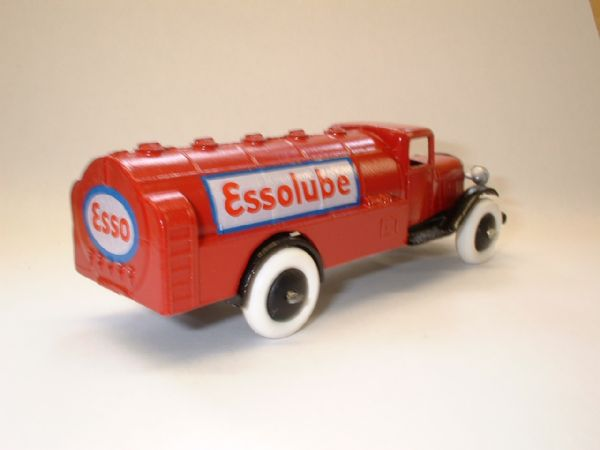 A DINKY TOYS COPY MODEL 25D CITERNE ESSOLUBE ( ROUGE ET NOIR )